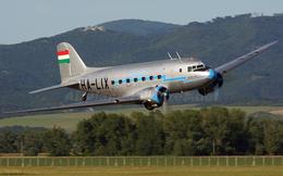 Trận không chiến đầu tiên của Không quân Việt Nam: Bất ngờ về loại máy bay tham chiến