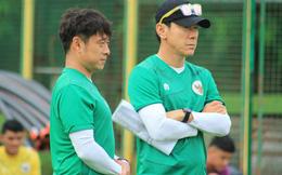 Dàn trợ thủ của đồng hương thầy Park đồng loạt từ chức, tuyển Indonesia rơi vào cảnh tréo ngoe