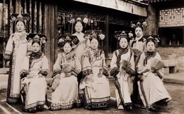 Hậu cung của Hoàng đế vốn là nơi tề tựu nhiều mỹ nhân, vậy tại sao phi tần dưới thời nhà Thanh lại không được đẹp?