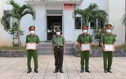 3 cán bộ công an khống chế kẻ ngáo đá mắc Covid-19 dùng dao đe doạ người phụ nữ ở Sài Gòn