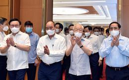 Tổng Bí thư Nguyễn Phú Trọng dự phiên họp đầu tiên của Chính phủ nhiệm kỳ mới