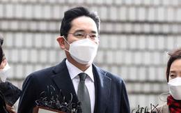 Bước ra khỏi nhà tù vào sáng ngày hôm nay, điều gì đang chờ đợi 'thái tử' Samsung?