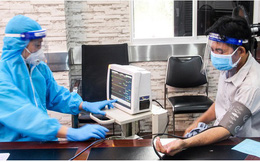Đo huyết áp trước khi đi tiêm vắc xin Covid-19: Chuyên gia Viện Vệ sinh Dịch tễ Trung ương giải thích lý do cần làm