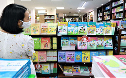 Đề nghị Hà Nội, TP.HCM xem xét đưa sách giáo khoa vào danh mục hàng thiết yếu