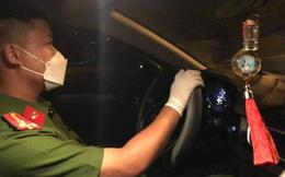 Thượng uý Công an Đà Nẵng chạy đua trong đêm đưa sản phụ đang chuyển dạ đến bệnh viện