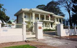 Giám đốc Bệnh viện tỉnh Gia Lai bất ngờ khi bị đình chỉ công tác