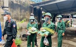 Việt Nam thêm Thêm 10.266 ca mắc Covid-19; Bộ đội, công an mang từng bao gạo, túi cá đến tận tay bà con ở TP.HCM