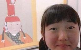 """Đến thăm Cố cung, nữ sinh Nhật Bản vừa nhìn thấy 1 bức tranh đã kinh ngạc thốt lên: """"Đây chẳng phải là mình sao?"""""""
