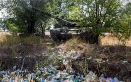Người dân Nga bất ngờ phát hiện xe tăng T-90 bị 'bỏ rơi' ở bãi rác