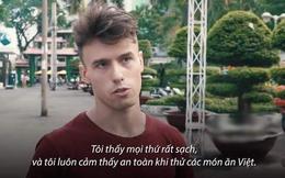 Anh Tây học Tiếng Việt để dễ làm quen gái xinh, ai ngờ chỉ sau vài ngày đã nhận ra sự thật hãi hùng