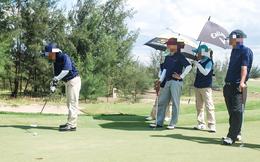 Vụ giám đốc sở và cục phó chơi golf khi giãn cách xã hội: Tạm đình chỉ nữ GĐ Trung tâm xúc tiến du lịch