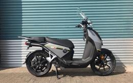 """Xe máy điện """"sang"""" như Honda SH, đầy pin đi 150km, giá bán gây bất ngờ"""