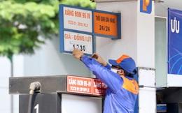 Ngày mai, giá xăng dầu trong nước sẽ giảm mạnh