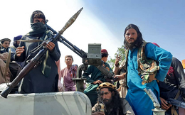 Taliban và Liên minh phương Bắc thống nhất kiềm chế tấn công lẫn nhau