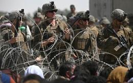 """""""Không chỉ do bom khủng bố"""": BBC hé lộ nguyên nhân khiến thương vong kinh hoàng ở Kabul!"""