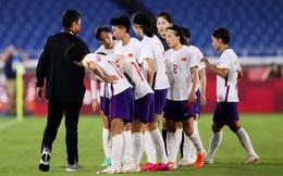 Bất ngờ: Không phải bị sa thải, HLV TQ cố ý rời ghế vì toan tính với CLB Super League