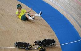 Tai nạn 'khó đỡ' tại Olympic Tokyo: Gãy tay lái khi đang đua xe