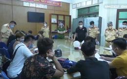 Theo chân CSGT xử lý 'quái xế' ở Lào Cai