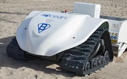 Chạy bằng năng lượng mặt trời, chiếc máy hút bụi thông minh khổng lồ có thể sàng lọc cát và dọn rác bãi biển