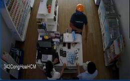 Truy xét thanh niên 2 lần dùng hung khí, cướp tài sản hai cửa hàng sữa ở Sài Gòn