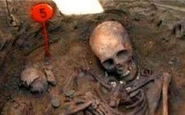 Mộ cổ chứa hàng ngàn cổ vật độc nhất, bất khả xâm phạm, vì sao có 30 hài cốt kẻ trộm mộ?