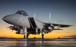 F-22, F-35 chỉ là món đồ chơi đắt tiền: KQ Mỹ tiếp tục đặt hàng máy bay 50 năm tuổi