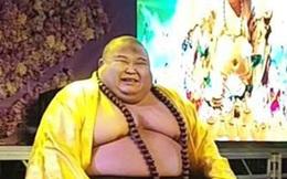 Cuộc sống hiện tại của người đàn ông có ngoại hình giống Phật Di Lặc