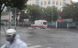 Tin bão số 5: Quân đội sẵn sàng 15 máy bay; xe cứu thương làm nhiệm vụ chống dịch chết máy khiến tài xế rối bời