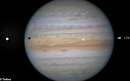 Vật thể lạ tấn công sao Mộc gây ra tia sáng quan sát được từ Trái Đất