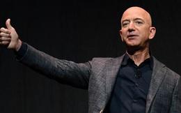 Ghét nhau 'như chó với mèo', nhưng SpaceX của Elon Musk vừa đạt một thành tích làm cả Jeff Bezos cũng phải ngả mũ kính phục