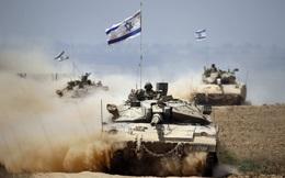 Giữa lúc 'tứ bề thọ địch', Israel khiến thế giới kinh ngạc: Những màn 'hô biến' vũ khí tài tình
