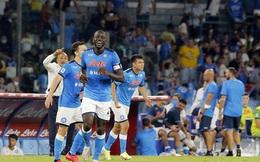 Đại thắng, Napoli chiếm ngôi đầu, đi vào lịch sử Serie A