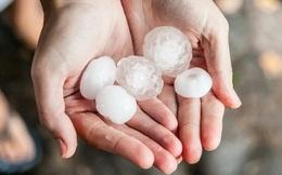 Là mưa dưới dạng băng, tại sao mưa đá lại xuất hiện vào mùa nóng?