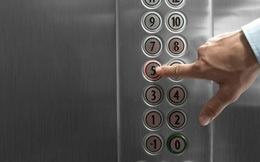 Cách tránh lây nhiễm COVID-19 trong thang máy dân văn phòng cần biết
