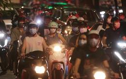Phó Bí thư Hà Nội: Thành quả chống dịch bị thách thức lớn sau việc người dân đổ ra đường đêm Trung thu