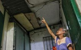 Cận cảnh 4 khu tập thể cấp độ nguy hiểm tại Hà Nội: Lấy chậu hứng nước mưa, đi vệ sinh phải đội nón