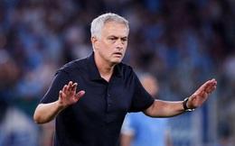 Thất bại ở derby thành Rome, Mourinho 'giở bệnh cũ'