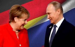 TT Merkel tặng ông Putin món quà chia tay đặc biệt: Ukraine 'chìm trong nước mắt'