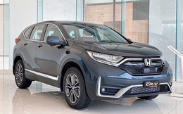 """Honda CR-V giảm giá """"sập sàn"""" 200 triệu đồng, """"chặt đẹp"""" Mazda CX-5"""