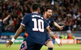 """HLV Pep Guardiola ngán ngẩm, chỉ biết khen Messi """"quá tuyệt vời"""", """"không thể cản phá"""""""