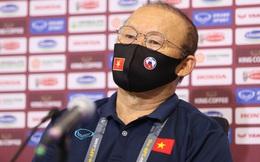 Đội tuyển Việt Nam bị FIFA trừ điểm nặng sau trận thua Ả Rập Xê Út, thầy Park ôm mối lo lớn