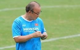 Hé lộ đội hình tuyển Việt Nam đấu Trung Quốc, thầy Park chọn ai thay Trọng Hoàng, Văn Hậu?