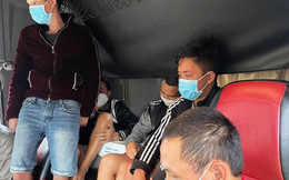 7 tài xế 'xào ke' trong cabin xe tải ở nơi lưu trú phòng dịch