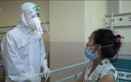 """""""BS ơi! Em không còn thở nổi, nhà em 12 người đều dương tính"""": Những cuộc gọi ám ảnh không thể quên của CT Hội Truyền nhiễm"""