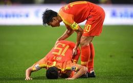 Huyền thoại Trung Quốc ví đội nhà với Chelsea làm CĐV thi nhau chế giễu