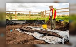 Khai quật được thần tượng ngoại giáo 1.600 năm trong vũng lầy ở Ireland