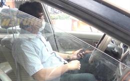 """Xác minh vụ Thanh tra Sở không có giấy đi đường, """"cố thủ"""" trong xe cả tiếng"""
