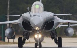 7 thương vụ mua bán vũ khí hàng đầu thế giới 2012