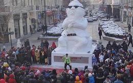 Tượng băng khổng lồ của PSY nổi bật tại lễ hội băng Trung Quốc