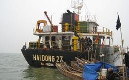 """Tài sản có giá trị trên """"con tàu ma"""" bị ngư dân... lột sạch"""